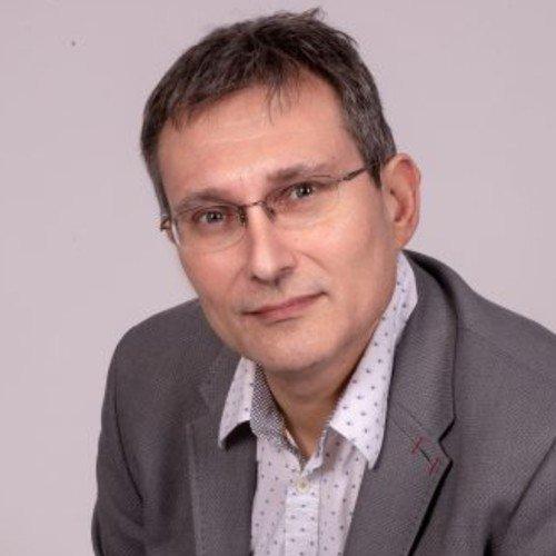 Michael Vermeersch (He/Him)